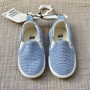 H&M • NWT Slip on Shoes